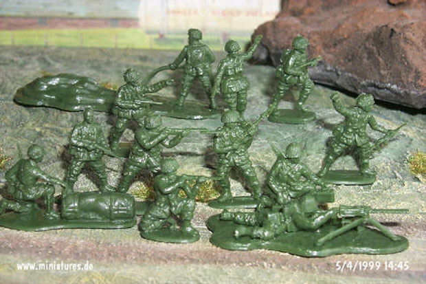 US Paratroopers of World War Two, 1944–1945, 1:72 Miniatures Revell 02517