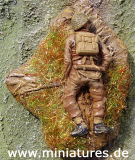 British Infantry casualty figure, 1:72 Scale Revell Miniatures