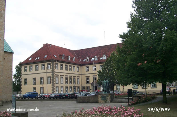 Administrative Building on Cathedral Square