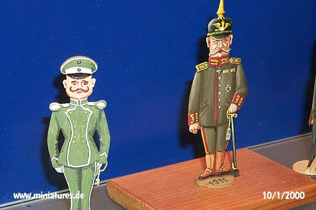 Flat miniatures: Prussian officers 1915