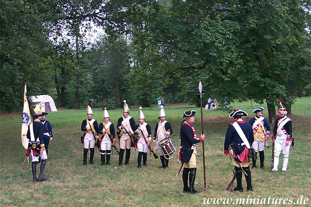 Grenadiers of Hessian infantry regiments drilling together