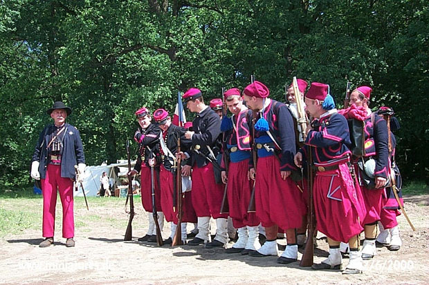 Union Zouaves at attention