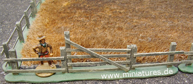 Post and Rail Fence for Old West Dioramas and Miniature Wargames