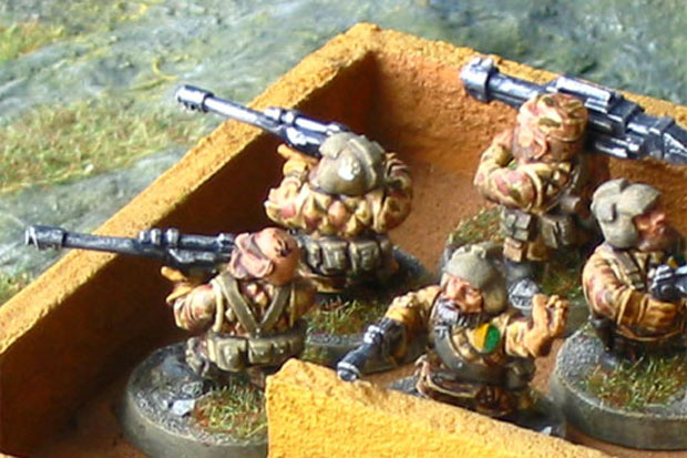 Games Workshop Warhammer 40k Squats in splinter pattern camouflage uniforms