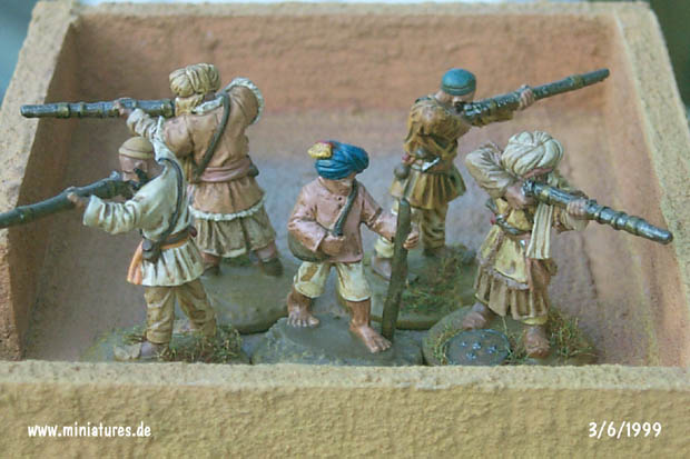 Pathan Jezailchi Riflemen firing from a rooftop, 25 mm Miniatures Ral Partha 88-111