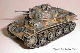 Hungarian Light Tank 38.M Toldi I, 1:76 Model Kit Cromwell HU1