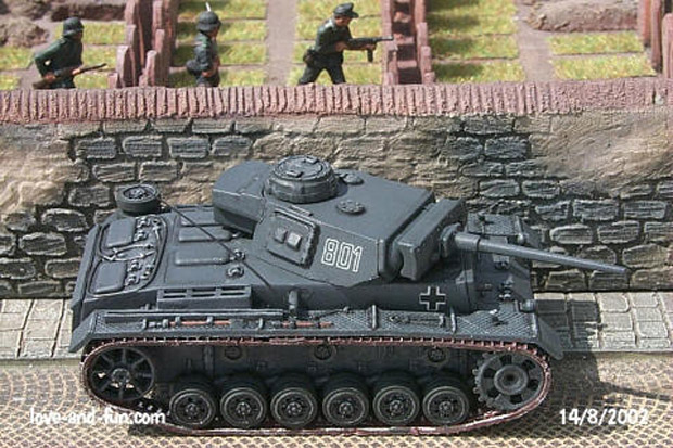 German Panzer III Ausf. L Medium Tank, 1:76 Model Kit Matchbox 40074
