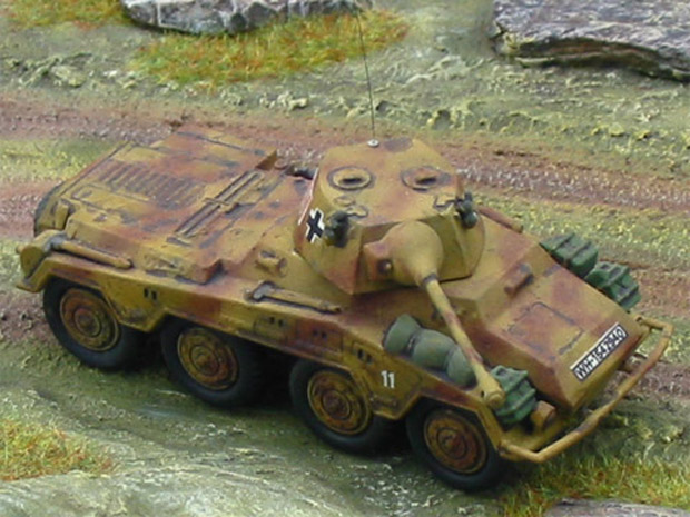 German Sd.Kfz. 234/2 Heavy Armoured Car (Puma), 1:76 Model Matchbox 40076