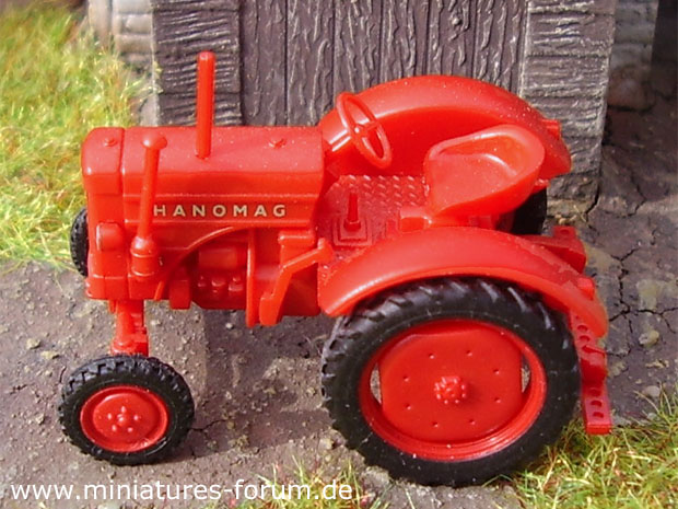 Hanomag R 16 All-Purpose Tractor, 1:87 H0 Model Wiking
