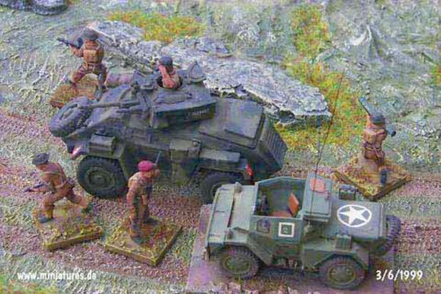 British Recce Group. Humber Armoured Car, Daimler Dingo and Infantry, 1:76 Model Kit Matchbox